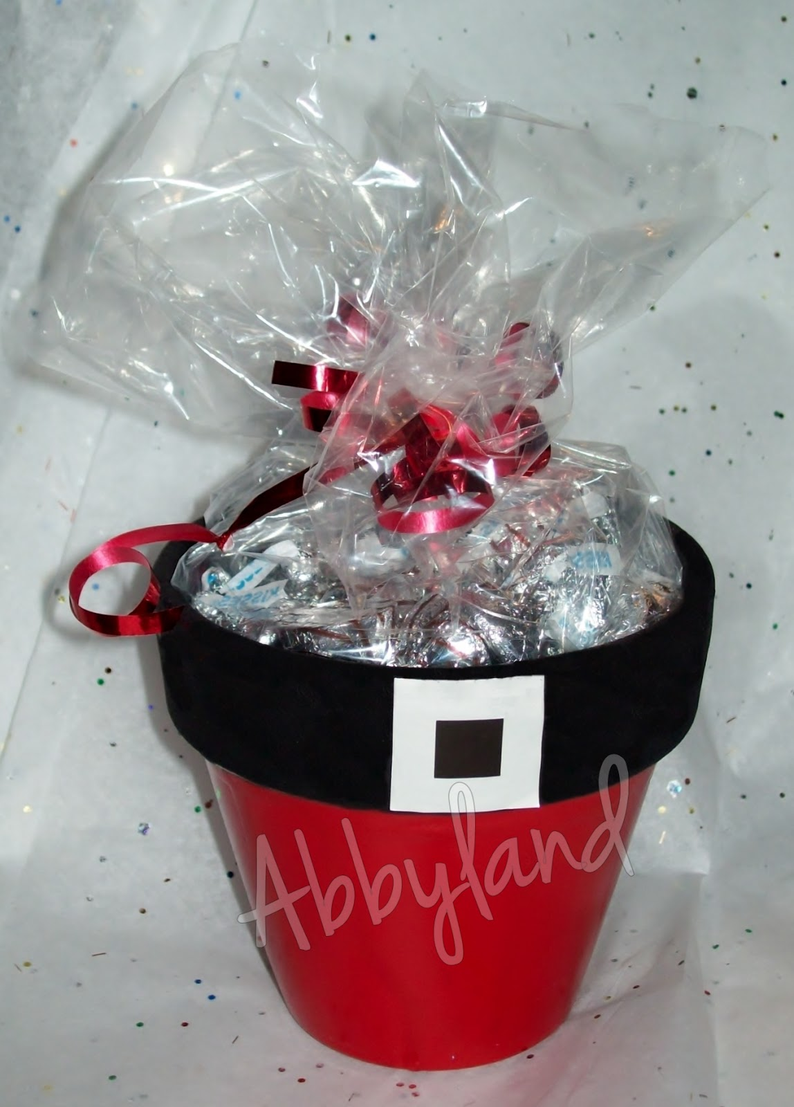 Santa flower pots filled with hugs kisses craft